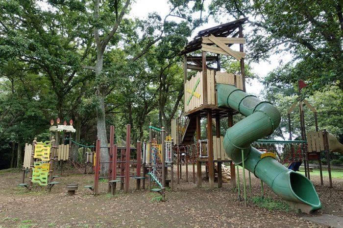 白尾山公園の遊具「大型複合遊具」
