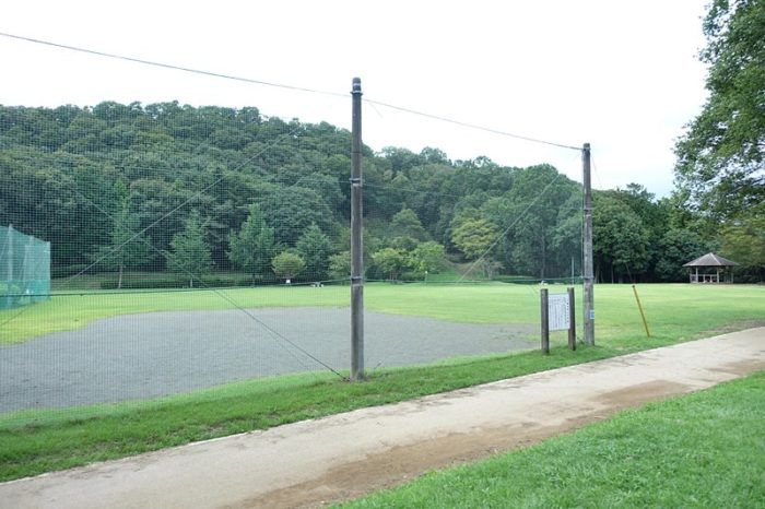 白尾山公園の「芝生広場」