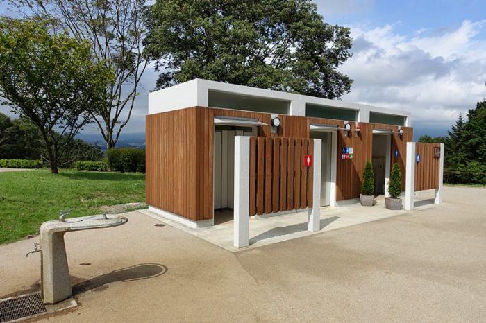 白尾山公園のトイレ