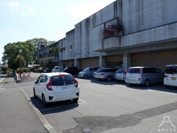 富士宮市民文化会館の駐車場