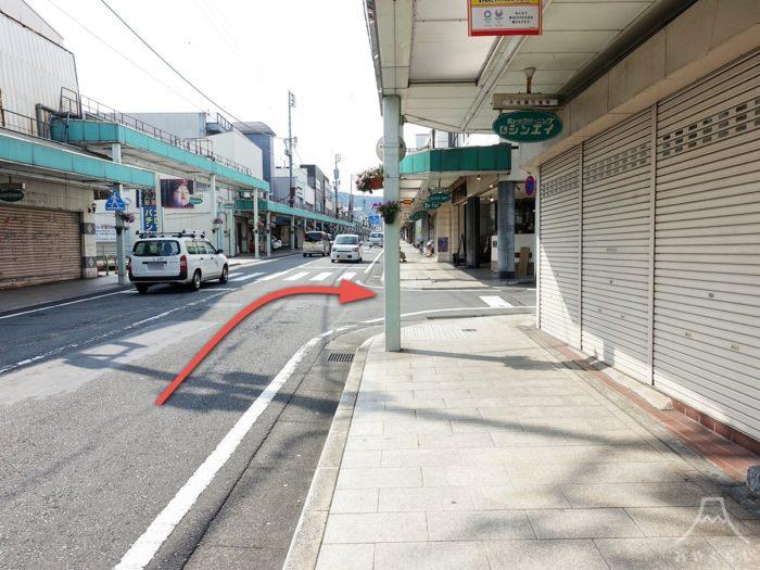富士山本宮浅間大社の第1駐車場までの道案内