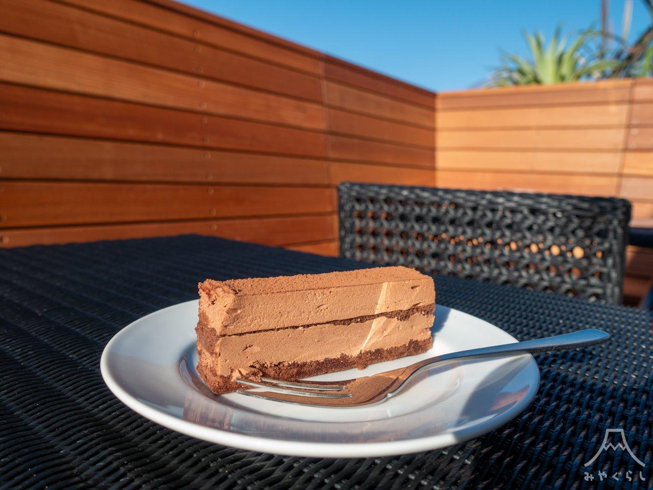 KOURAKUEN THE RAMEN CAFE 富士宮店のチョコレートケーキ