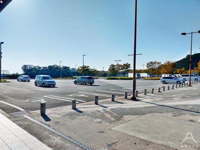 富士川楽座の駐車場