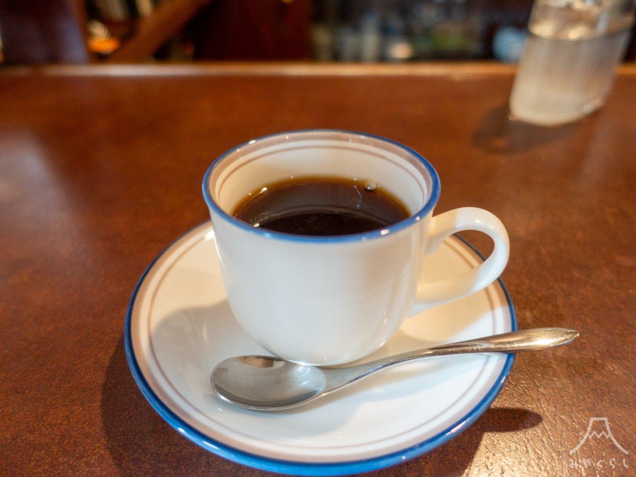 籠と風呂敷のコーヒー