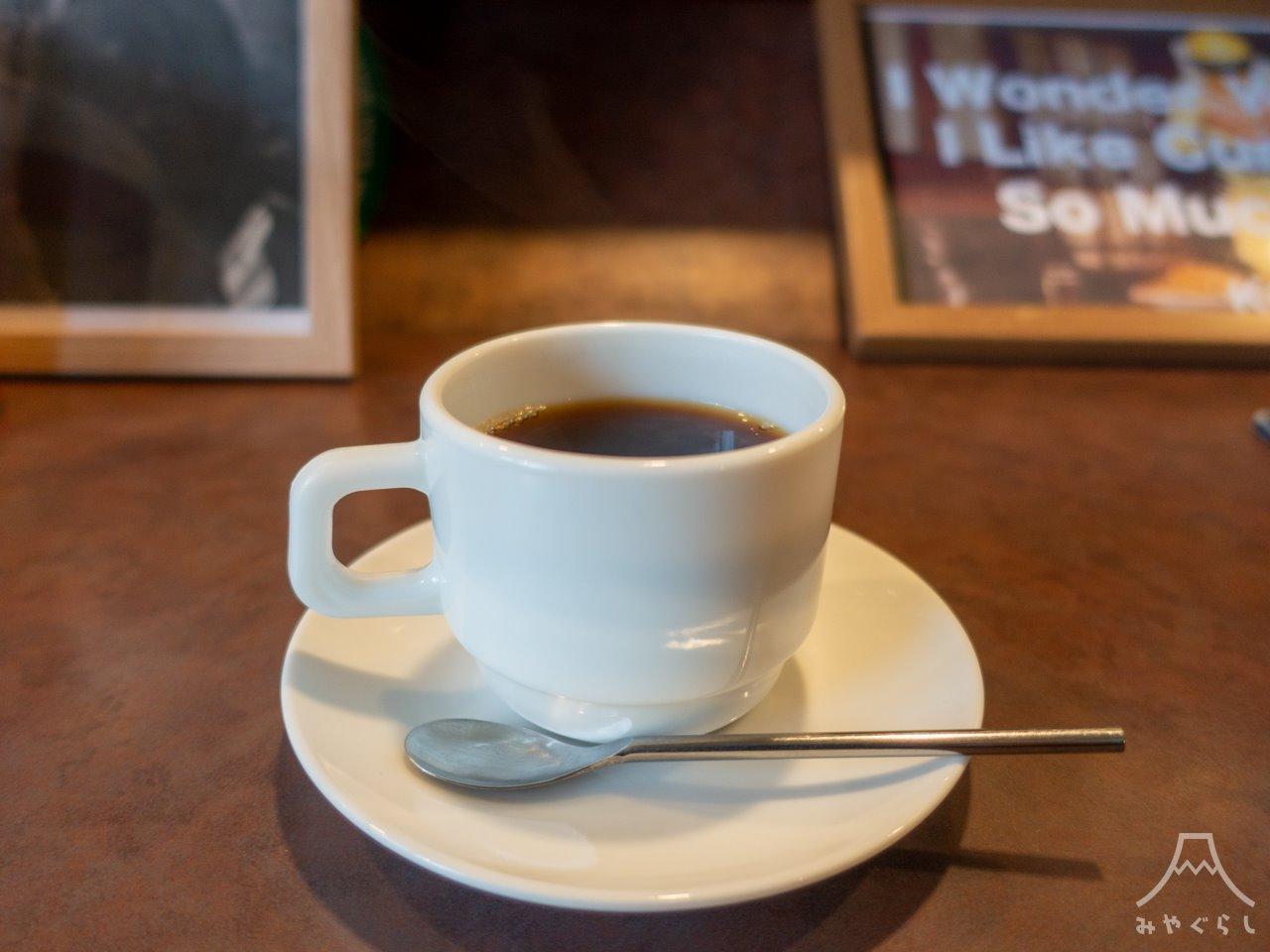喰い物屋 KOTETSUのホットコーヒー