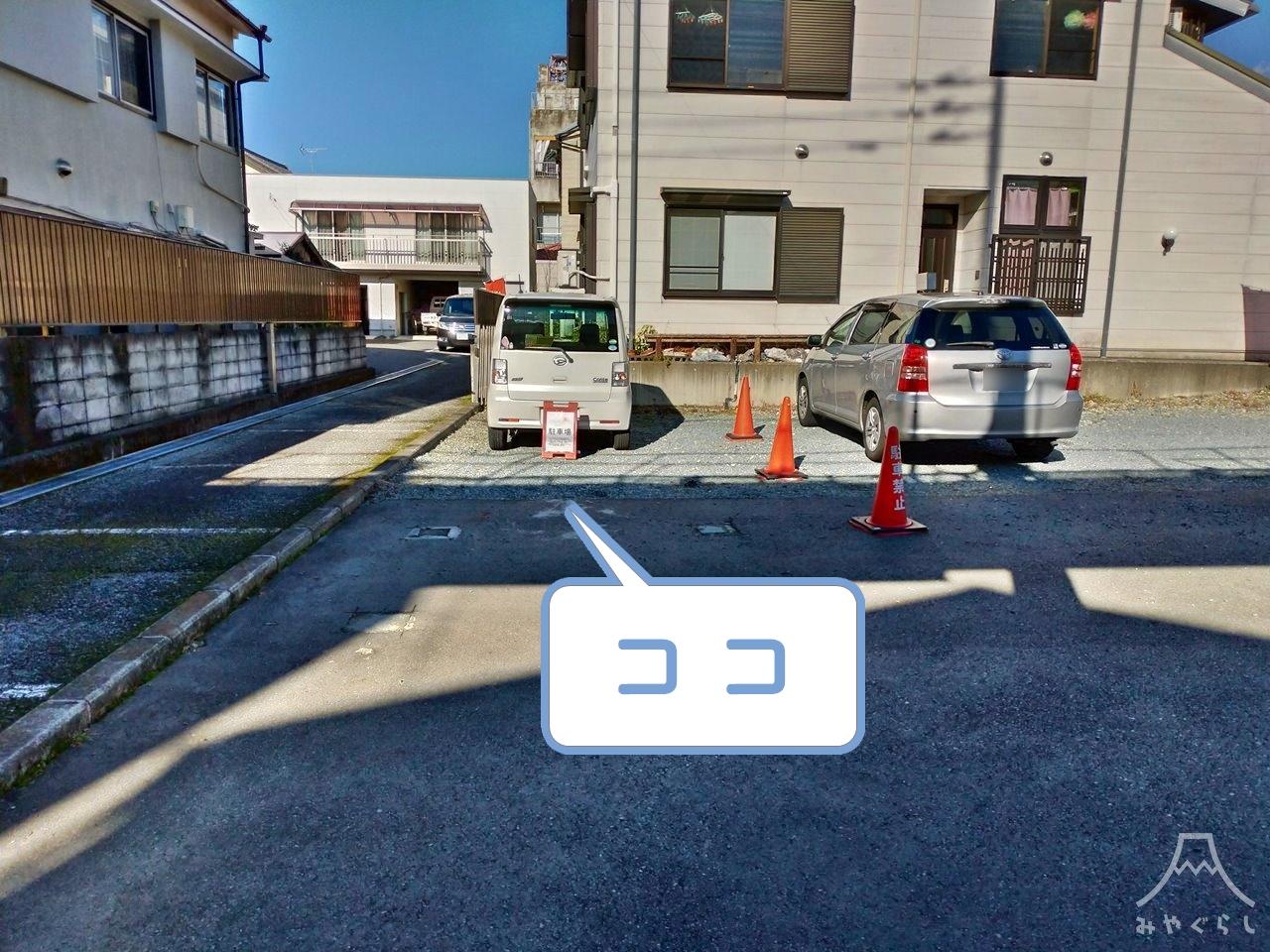 クレープ屋さんtomoshibiの駐車場
