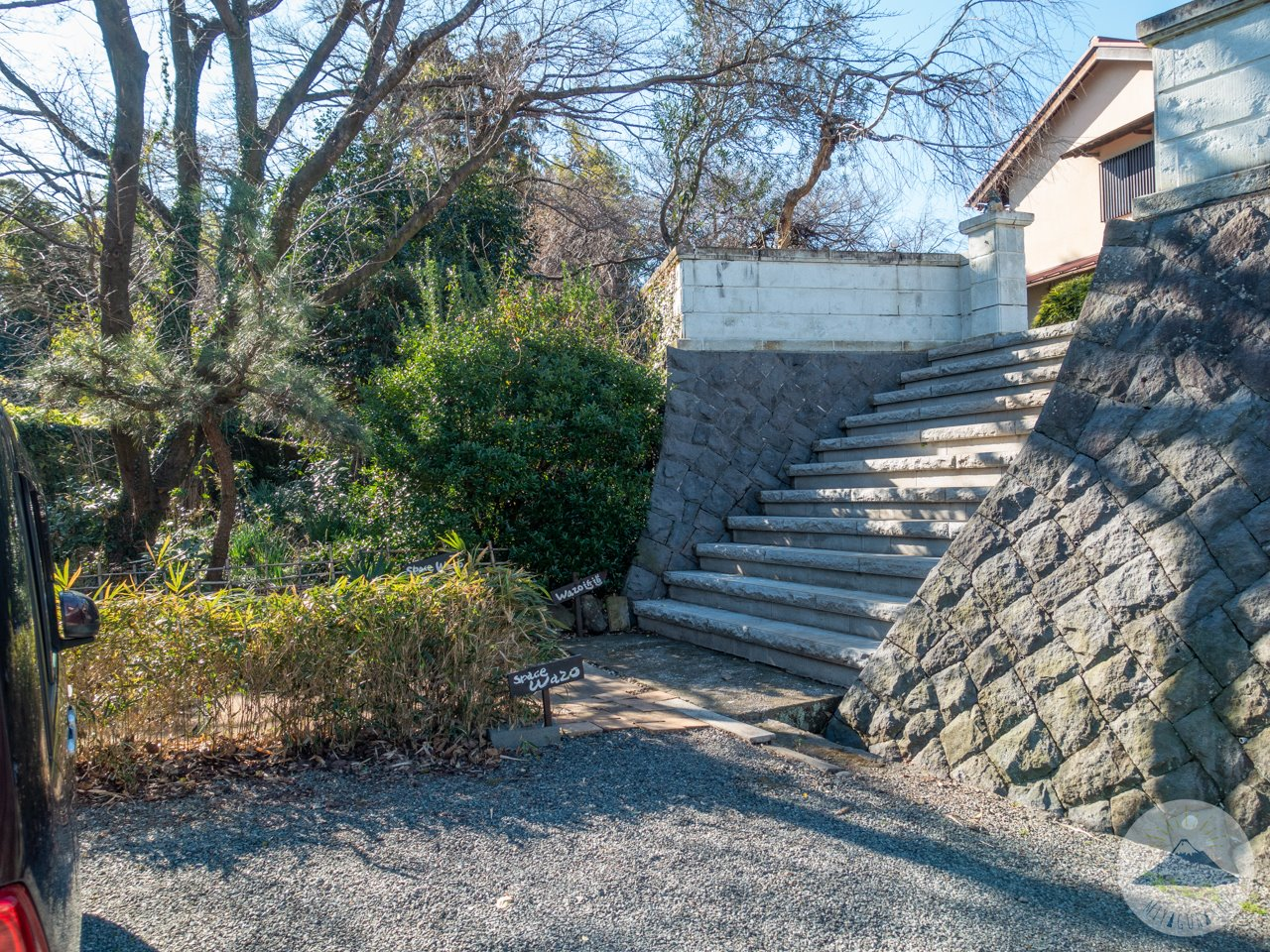 スペースワゾーの階段