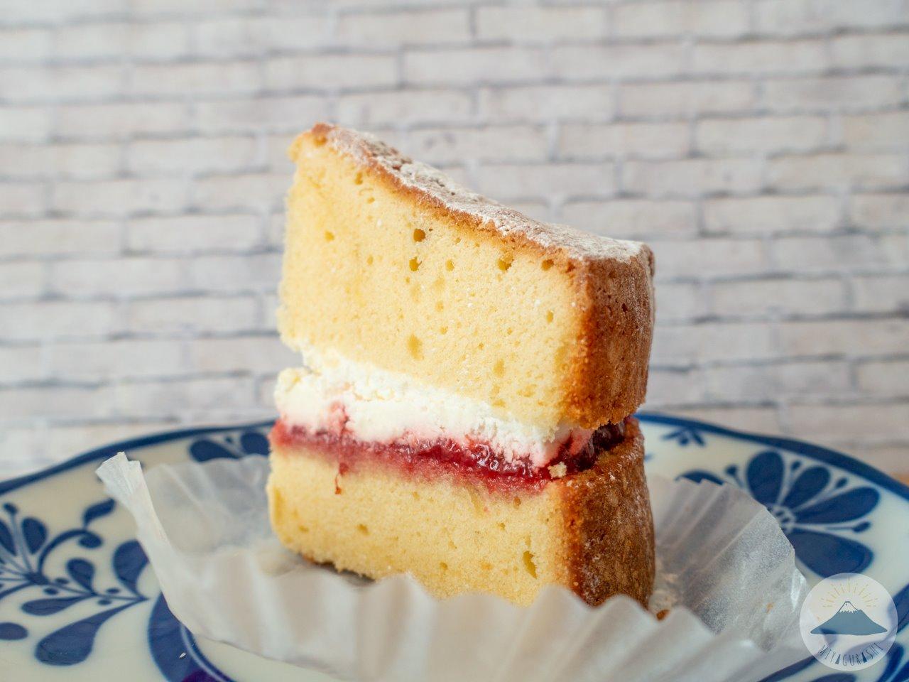 スペースワゾーのヴィクトリアケーキ