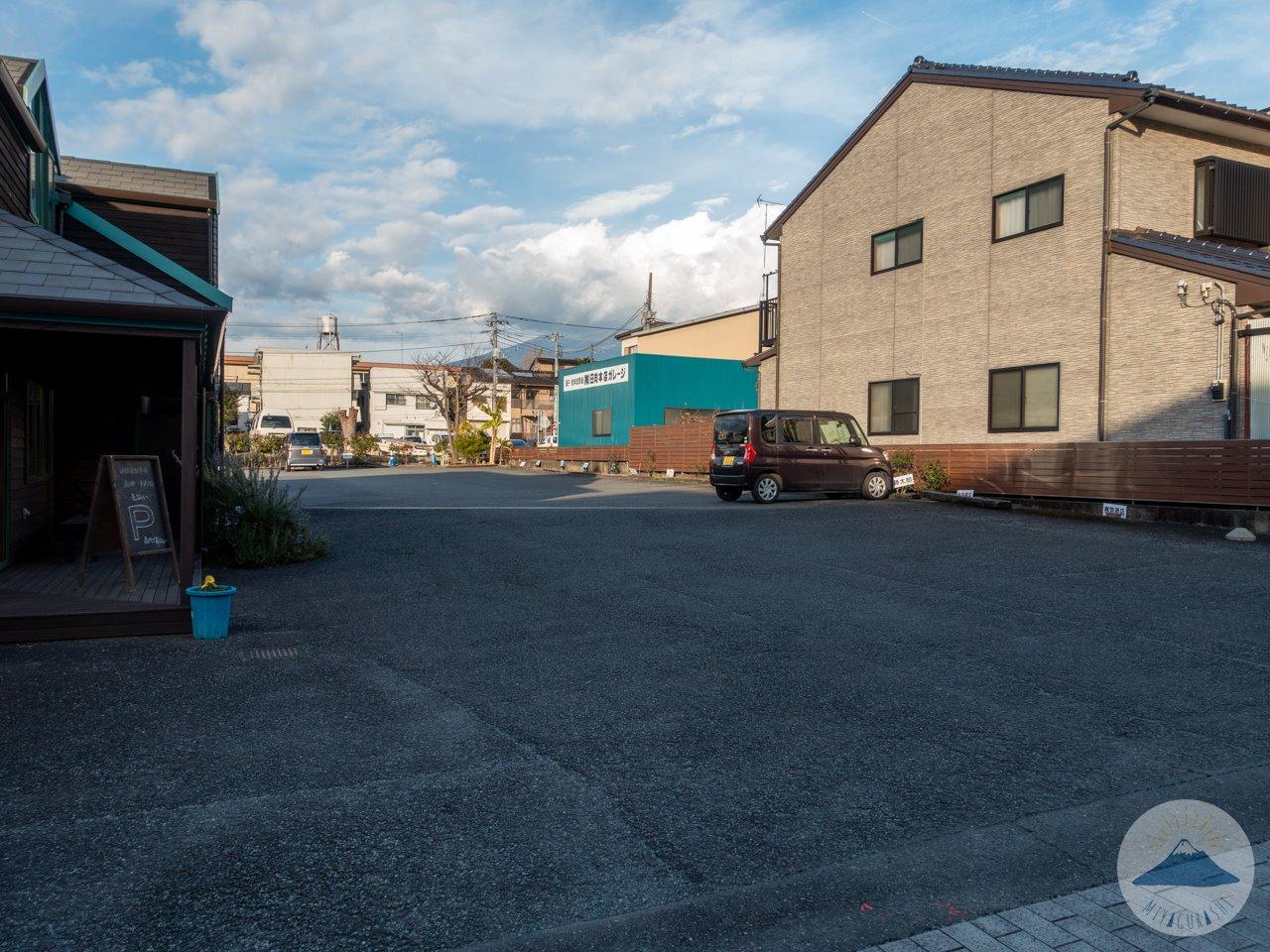 藤太郎の駐車場